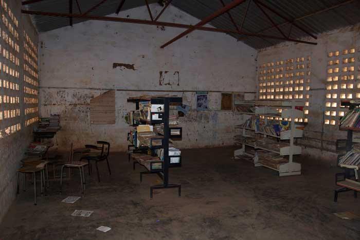 Gambia tendaba school boeken