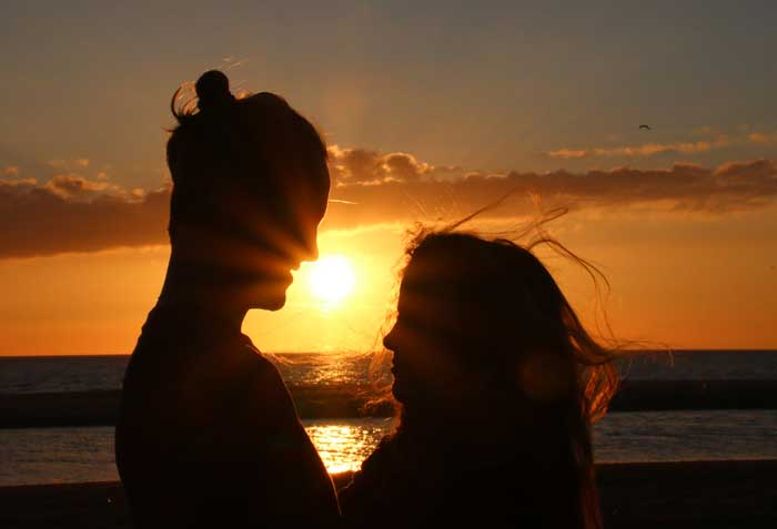 Texel zonsondergang stel romantiek