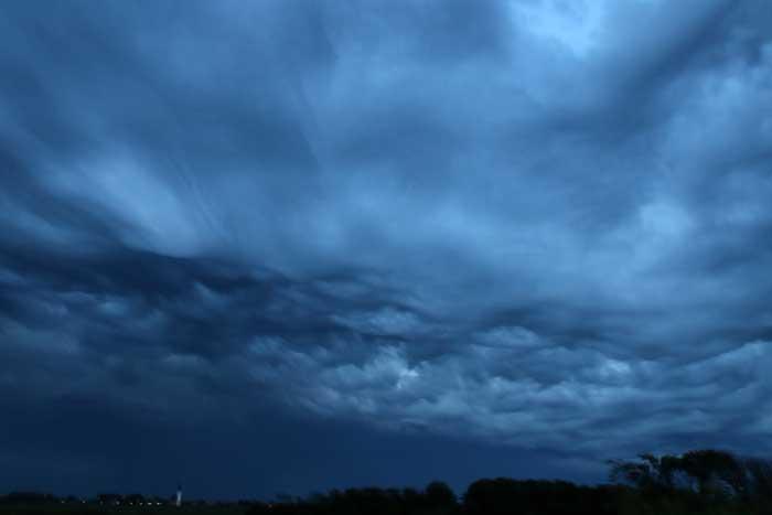 asperatuswolken onweerswolk Texel