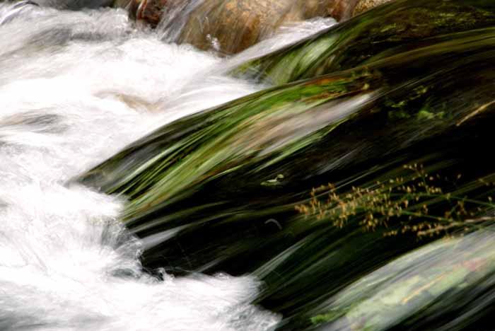 stroomversnelling water Eelbe Tsjechië